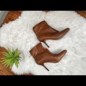 Marc Fisher leather MFSUGGAR heeled ankle boots